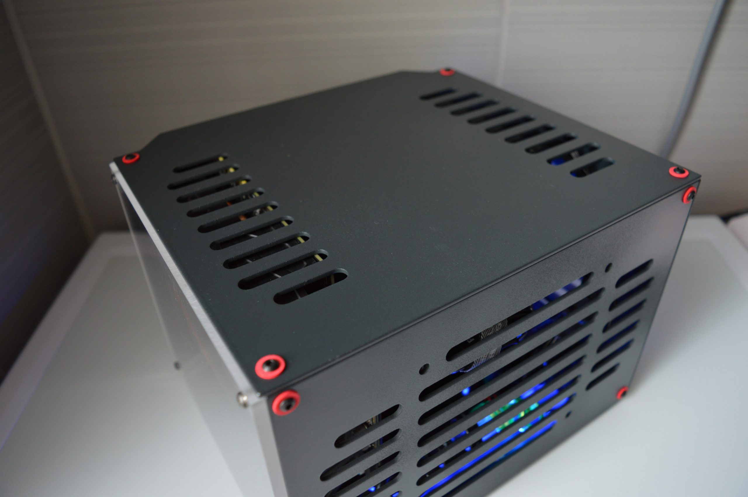 GTX 1070 RGB 18